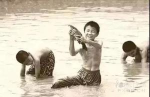 陆慧芹:小河摸鱼