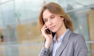 我们为什么害怕接电话