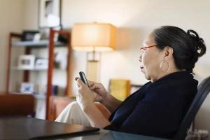 老年人的网瘾该怎么戒?